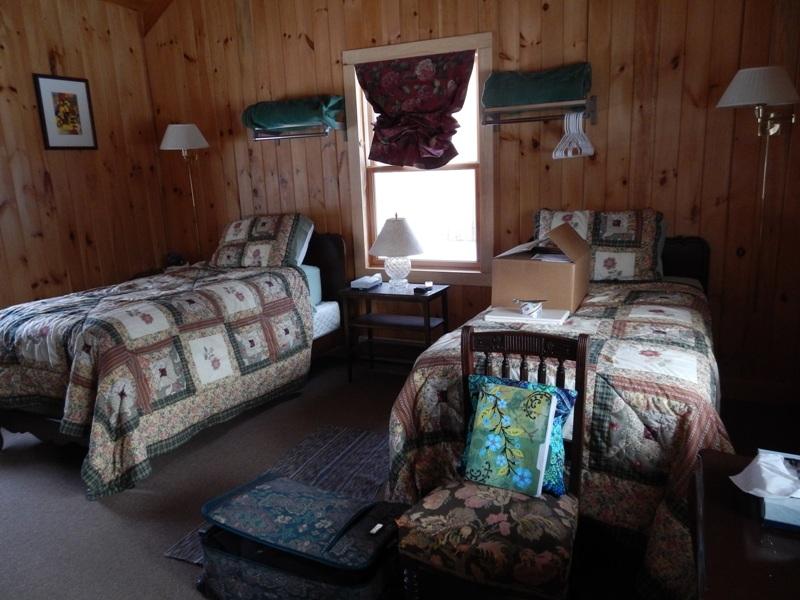 boyds-mills-cabin-interior-2